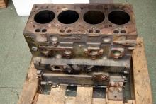 CATERPILLAR Blok silnika 3054B