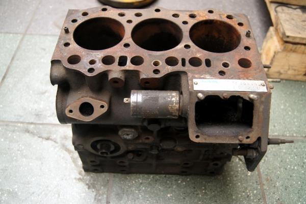 CATERPILLAR Blok silnika 3003, ,